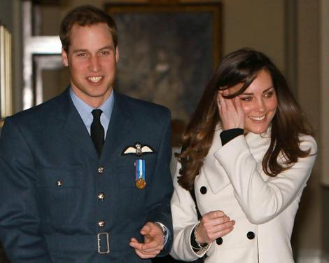 kate middleton william kiss. Prince William Kate Middleton